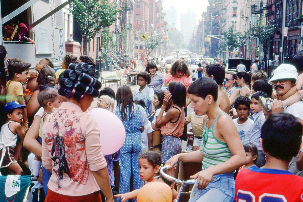Photographer Robert Stewart captures Lower East Side NYC in the 70s